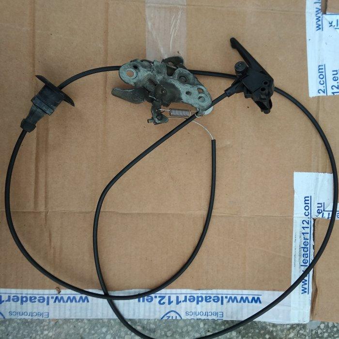 Incuietoare capota si cablu deschidere peugeot 206
