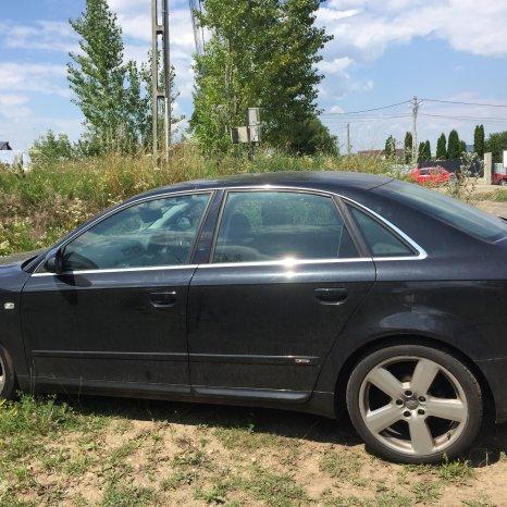 Dezmembram Audi A4 2.0