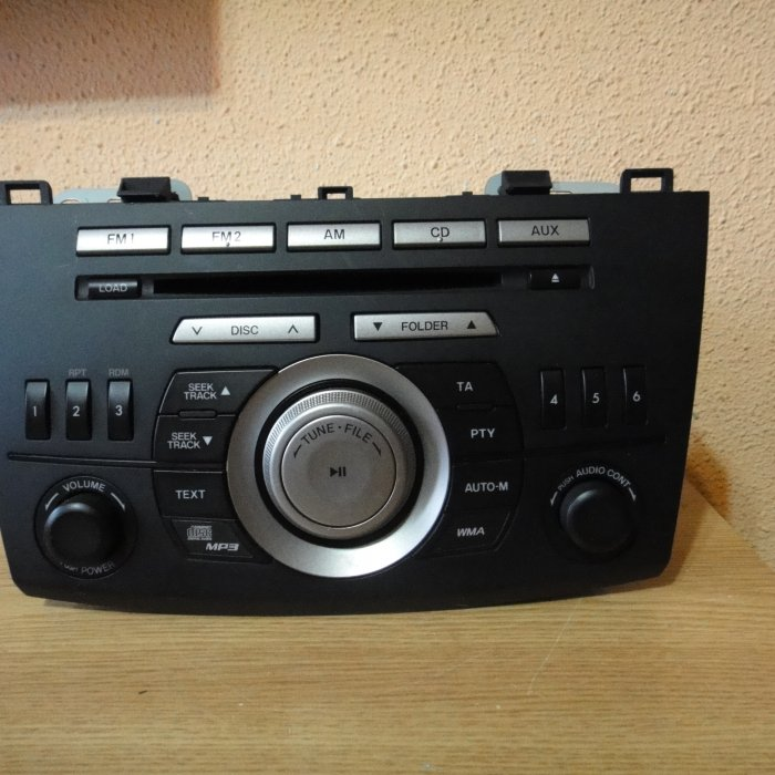 Consola Radio cd mp3 player original mazda 3BL