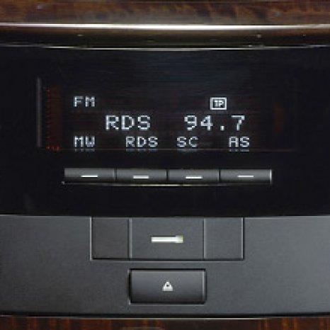 Radio Casetofon Original Mercedes  E KLASSE CK1211