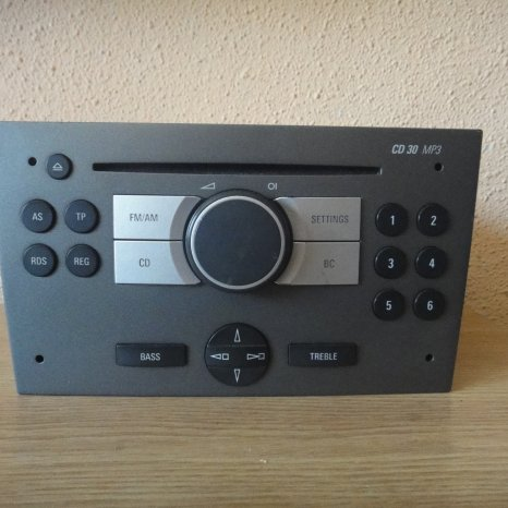RADIO CD MP3 PLAYER ORIGINAL OPEL CD30