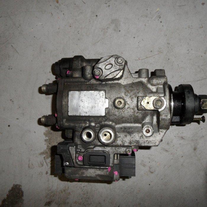 Pompa injectie opel vectra c 2.0 diesel cod 0470504204