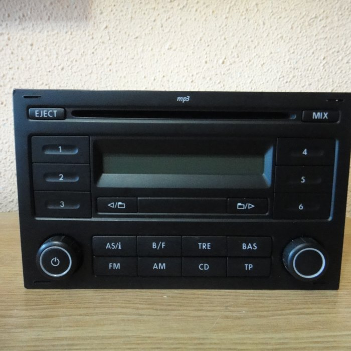 Radio MP3  Player VOLKSWAGEN Rcd200 Delta 6