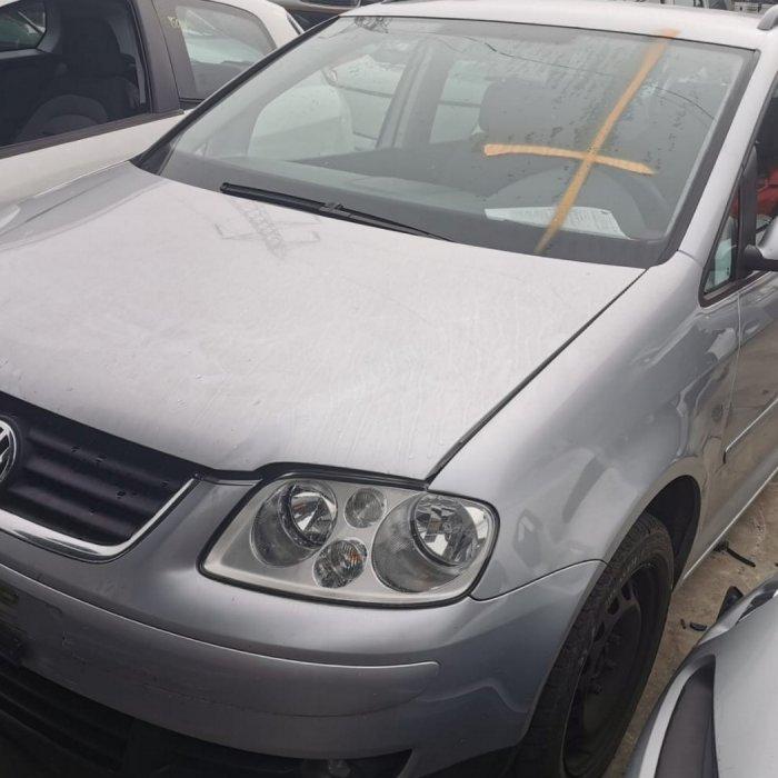 Volkswagen Touran 1.9 TDI AVQ, fabricatie 2005